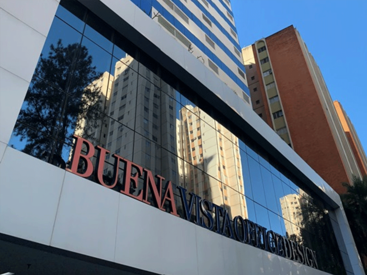 Fachada edifício Buena Vista Office Design