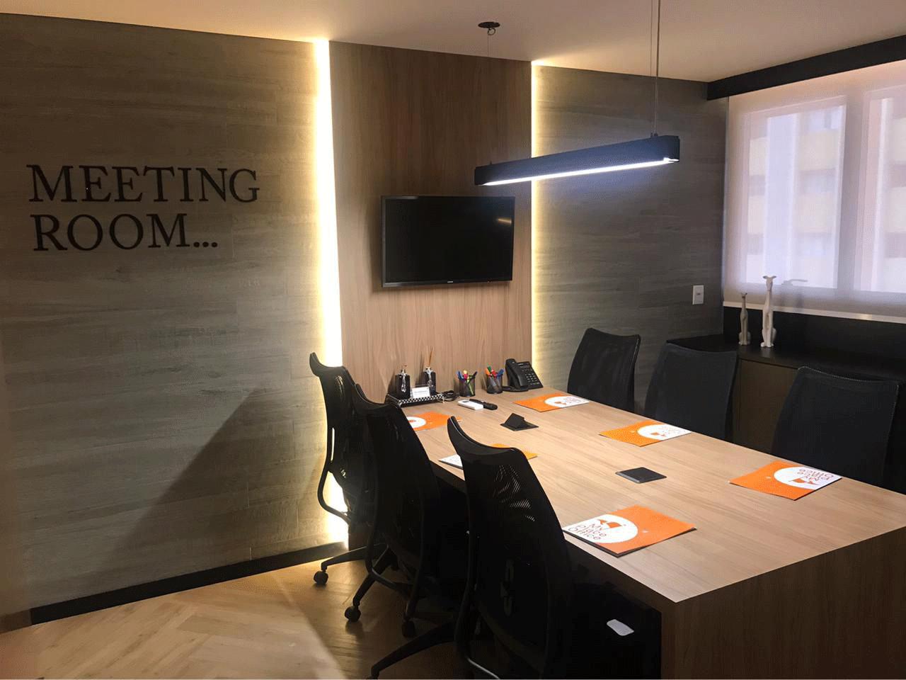 Sala de reunião (Até 6 pessoas)